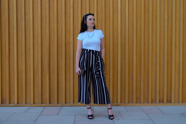 Zara paper bag trousers, river island wedges, ray ban sunglasses, summer style, blogger