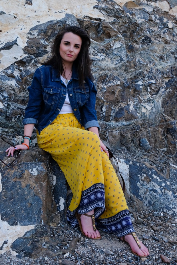 Yellow floaty hippy pants, summer style, outfit of the day, Hatta Dubai
